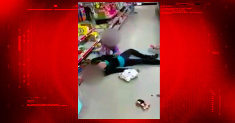 Heartbreaking video: Tot tries to revive unconscious mom on store floor