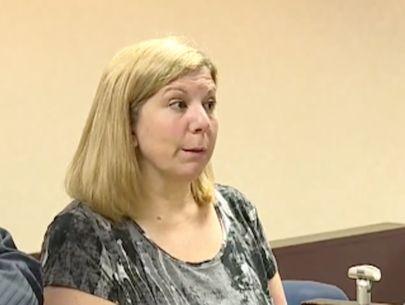 Cake-kicking mom sentenced to 300 hours of community service
